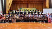 Acara kelulusan para Buruh Migran Indonesia (BMI) pada pelatihan khusus di KBRI Singapura. (Foto: Kemlu RI)