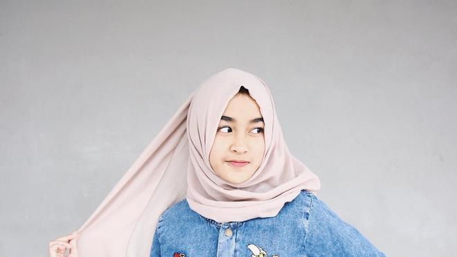 5 Gaya Busana Hijab Yang Kekinian Untuk Anak Remaja Masa Kini