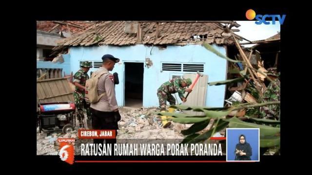 Masyarakat Cirebon bangkit usai puting beliung merusak 165 rumah pada Minggu (30/12).