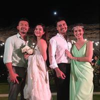 Rio Dewanto dan Chicco Jerikho memang sudah bersahabat baik. Lihat betapa kompaknya kedua sahabat ini saat Chicco menikah. (Foto: instagram.com/chicco.jerikho)