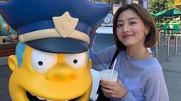 Kabar hubungan Jihyo dan Kang Daniel pertama kali dilansir oleh Dispatch. Disebutkan bahwa keduanya telah berkenca  sejak awal tahun ini. (Liputan6.com/IG/twicetagram)