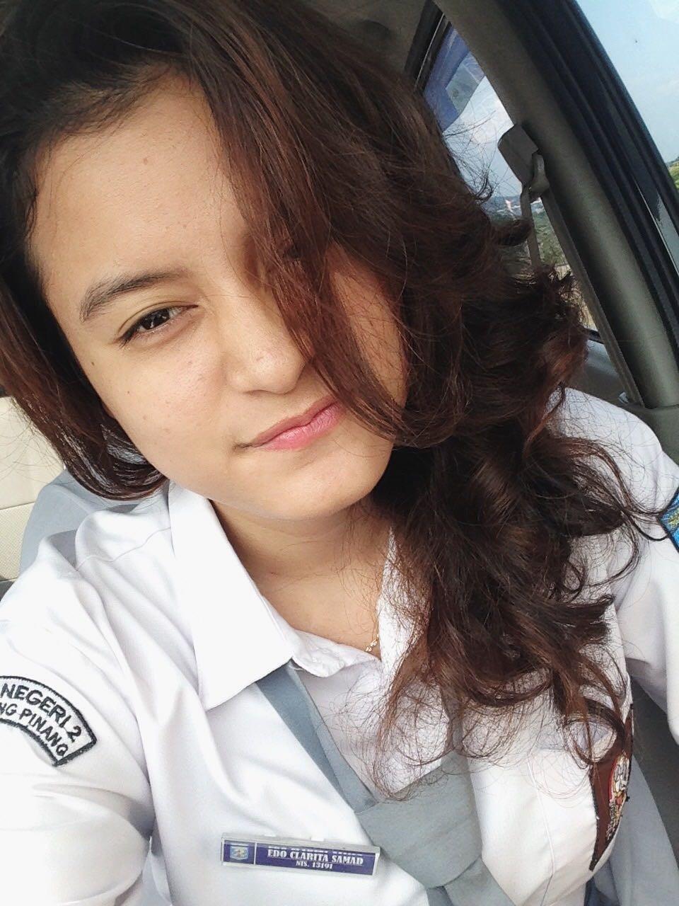 Noni Cantik dari Tanjungpinang yang viral (foto: Batamnews)