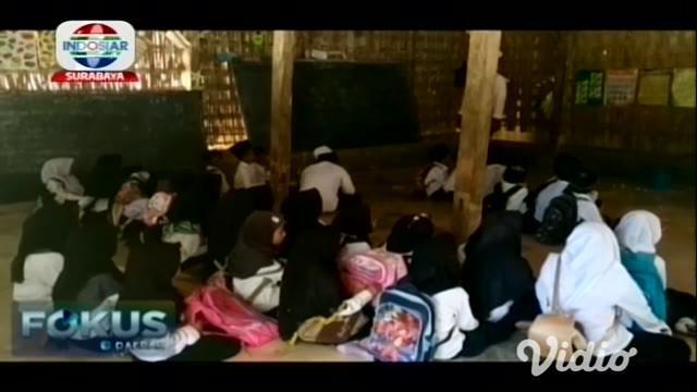 Anggaran yang begitu besar untuk dunia pendidikan ternyata belum merata di seluruh daerah di Indonesia. Fakta tersebut terjadi di wilayah barat Kota Pamekasan.