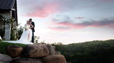 Foto pernikahan Gwen Stefani dan Blake Shelton. (Instagram/ gwenstefani)
