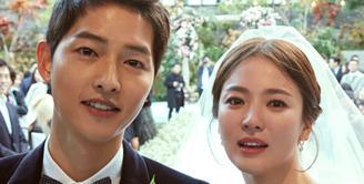 Song Joong Ki dan Song Hye Kyo merupakan salah satu pasangan artis Korea Selatan yang kerap menyita perhatian publik. Pernikahan mereka pun dianggap sebagai salah satu fenomenal di Korea Selatan. (Foto: dramafever.com)