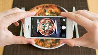 Anda dapat terkena sanksi jika menunggah foto makanan ke akun jejaring sosial