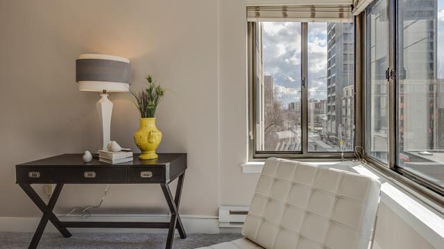 Mengenal Meja Konsol Furnitur Dekoratif Penghidup Suasana Rumah