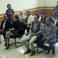 Sidang perceraian Tsania Marwa dan Atalarik Syah. (Nurwahyunan/Bintang.com)