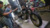 Motor Kustom Belo Negoro, dirancang builder Lulut Wahyudi dari Retro Classic Cycles. (herdi Muhardi)