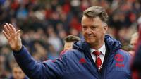 Louis Van Gaal mengklaim telah menciptakan generasi muda baru di Manchester United. (Reuters/Carl Recine)