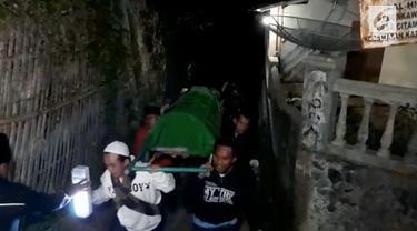 1 Orang tewas dan puluhan lainnya dirawat di rumah sakit akibat mengkonsumsi Tutut di Sukabumi Jawa Barat.