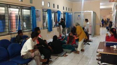 Puluhan santriwati diduga alami keracunan massal di Bogor (Liputan6.com/Achmad Sudarno)