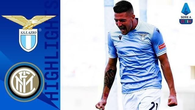 Berita video highlights pekan ketiga Liga Italia 2020/2021 antara Lazio melawan Inter Milan yang berakhir dengan skor 1-1 dan diwarnai drama kartu merah pada Minggu (4/10/2020) malam hari WIB.