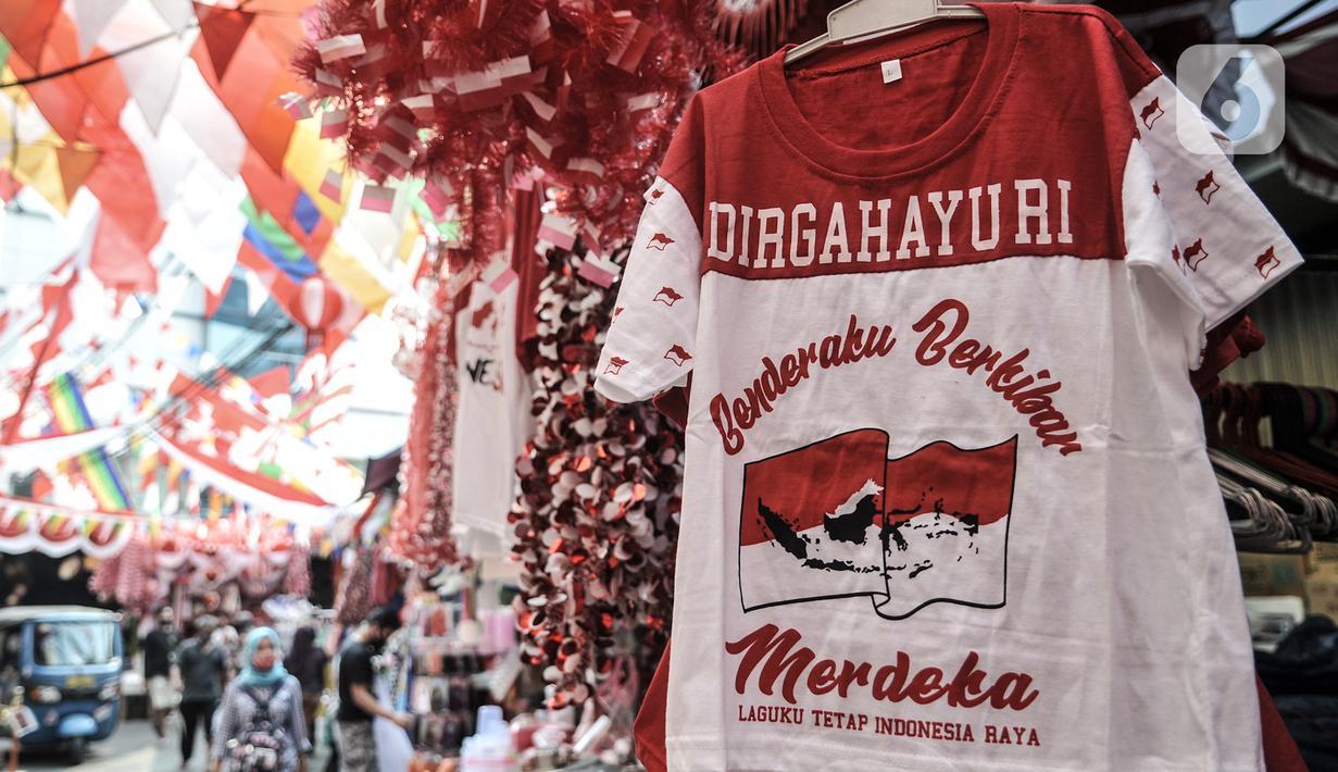 072077400 1596365201 20200802 Berburu Pernak Pernik Hari Kemerdekaan di Pasar Jatinegara IQBAL 4