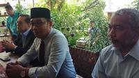 Sudrajat Ridwan Kamil dan Ahmad Syaikhu kompak kenakan kemeja biru muda