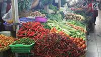 Harga cabai rawit pun ikut turun yang sebelumnya harganya mencapai Rp 120.000 per kg. Sekarang dijual Rp 80.000 per kg.
