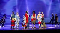 Melihat hasil karya fashion dan animasi dari generasi muda di CIFFEST dan ANIMAKINI 2018. (Foto: CIFFEST 2018)