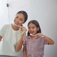 Rayakan Hari Kesehatan Gigi dan Mulut Sedunia, Pepsodent ajak biasakan keluarga sikat gigi malam.