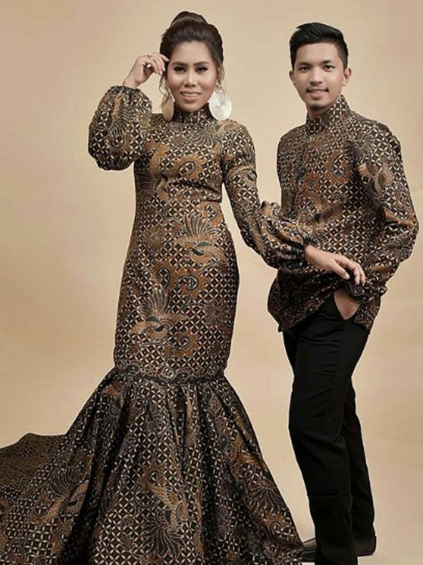 Evi Masamba dan Calon Suaminya (Instagram/@ulfa_119)