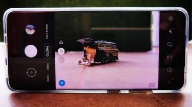 Ilustrasi memotret dengan kamera Samsung Galaxy S20 Ultra