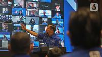 Ketum Partai Demokrat Agus Harimurti Yudhoyono atau AHY menggelar rapat pimpinan secara maraton di Gedung DPP Demokrat, Menteng, Jakarta Pusat, Minggu (7/3/2021). Rapat tersebut untuk menyikapi KLB Partai Demokrat Deli Serdang. (Liputan6.com/Herman Zakharia)