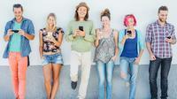 Young Generation yang gemar berselancar di social media dan main game online cocok pakai smartphone terbaru dari Realme.