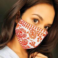 Masker aksen bordir dari Biyan. (Foto: Raisa Instagram).