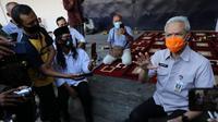 Ganja Pranowo bertemu dengan ratusan petani tembakau yang berencana menggelar aksi di Istana Negara Kamis (27/8/2020).