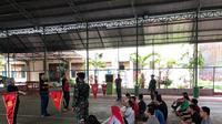 24 CPNS lingkup Kejati Sulsel ikuti pelatihan baris berbaris yang dilatih langsung oleh TNI (Liputan6.com/ Eka Hakim)