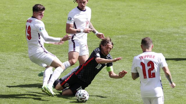 Foto Piala Eropa: Gol Tunggal Raheem Sterling Bawa Timnas Inggris Taklukkan Kroasia