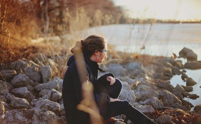 Lihat kembali diri kamu saat tak kunjung menemukan pria baik menurutmu/copyright pexels.com/Leah Kelley
