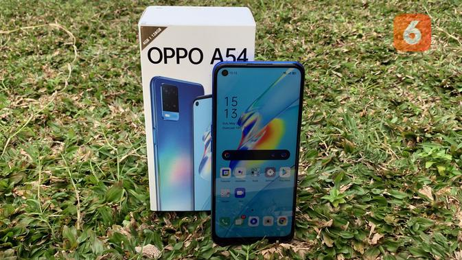Review Oppo A54. (Liputan6.com/ Yuslianson)