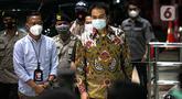 Wakil Ketua DPR RI Azis Syamsuddin tiba di Gedung KPK, Jakarta, Jumat (24/9/2021). Kehadiran Azis untuk menjalani pemeriksaan pertama terkait kasus dugaan suap penanganan perkara di Kabupaten Lampung Tengah. (Liputan6.com/Faizal Fanani)