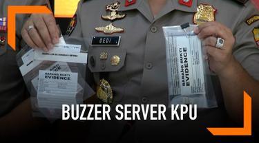 Polisi menangkap dua orang, pria dan wanita, buzzer hoaks 'Server KPU Di-setting Menangkan Jokowi'. Keduanya juga telah ditetapkan sebagai tersangka penyebaran hoaks.