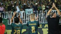 Petteri Pennanen menyampaikan salam kepada suporter Persikabo Bogor. (Bola.com/Permana Kusumadijaya)