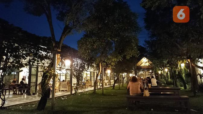Hasil foto Redmi Note 10S malam hari tanpa night mode. (Liputan6.com/ Agustin Setyo W)
