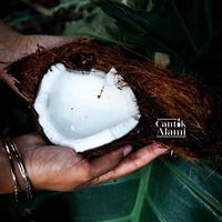 Minyak kelapa yang baik untuk perawatan kecantikan. (unsplash.com/Jonas Dücker).