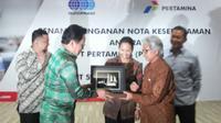 PT Pertamina (Persero) hari ini menandatangani nota kesepahaman dengan PT Sucofindo (Persero). (Foto: Ilyas Istianur/Liputan6.com)