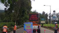 Ilustrasi Penutupan Jalan di Puncak (Liputan6.com/Achmad Sudarno)