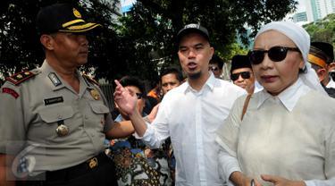 "20160602-Dilarang Demo ""Tangkap Ahok"", Ahmad Dhani & Ratna Sarumpaet Datangi KPK-Jakarta"
