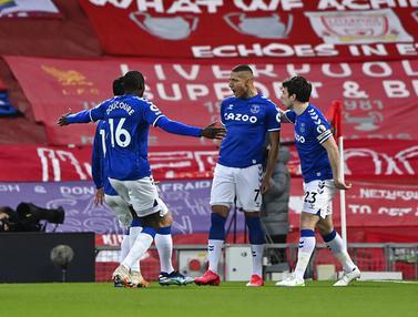 FOTO: Liverpool Dipecundangi Everton di Anfield