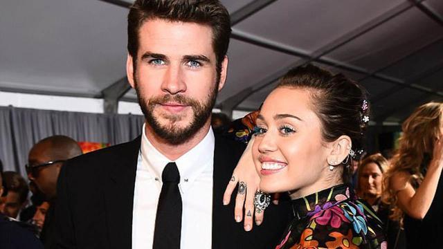 [Bintang] Miley Cyrus - Liam Hemswoth