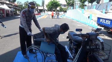 Layanan untuk disabilitas di Polda Jatim. (Dian Kurniawan/Liputan6.com)