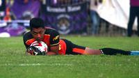 Barep Wahyudi Wibowo mendapat hukuman 6 bulan larangan beraktivitas sepak bola di kompetisi yang digelar PSSI. (Bola.com/Gatot Susetyo)
