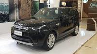 Land Rover Discovery mengusung mesin 2.0 liter turbo. (Septian / Liputan6.com)