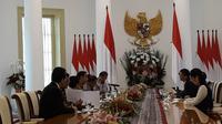 Presiden Joko Widodo menerima CEO Alibaba Jac Ma di Istana Kepresidenan Bogor, Jawa Barat. (Merdeka.com/Intan)