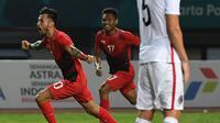 Penyerang Indonesia, Stefano Lilipaly, melakukan selebrasi usai membobol gawang Hong Kong pada laga Asian Games di Stadion Patriot, Jawa Barat, Senin, (20/8/2018). Indonesia menang 3 - 1 atas Hongkong. (Kapanlagi.com/Agus Apriyanto)