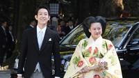 Putri Ayako dan suaminya Kei Moriya. (AP Photo)