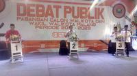 Tiga peserta Pilkada Kota Malang saat debat publik tahap pertama (Liputan6.com/Zainul Arifin)