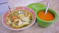 Soto Lamongan Jaya Agung, kuliner Jakarta. (Nizar Zulmi/Fimela.com)